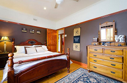 house-for-sale-25-challis-street-newport-bedroom-1