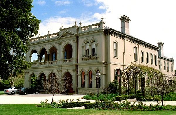 Mansion in Toorak